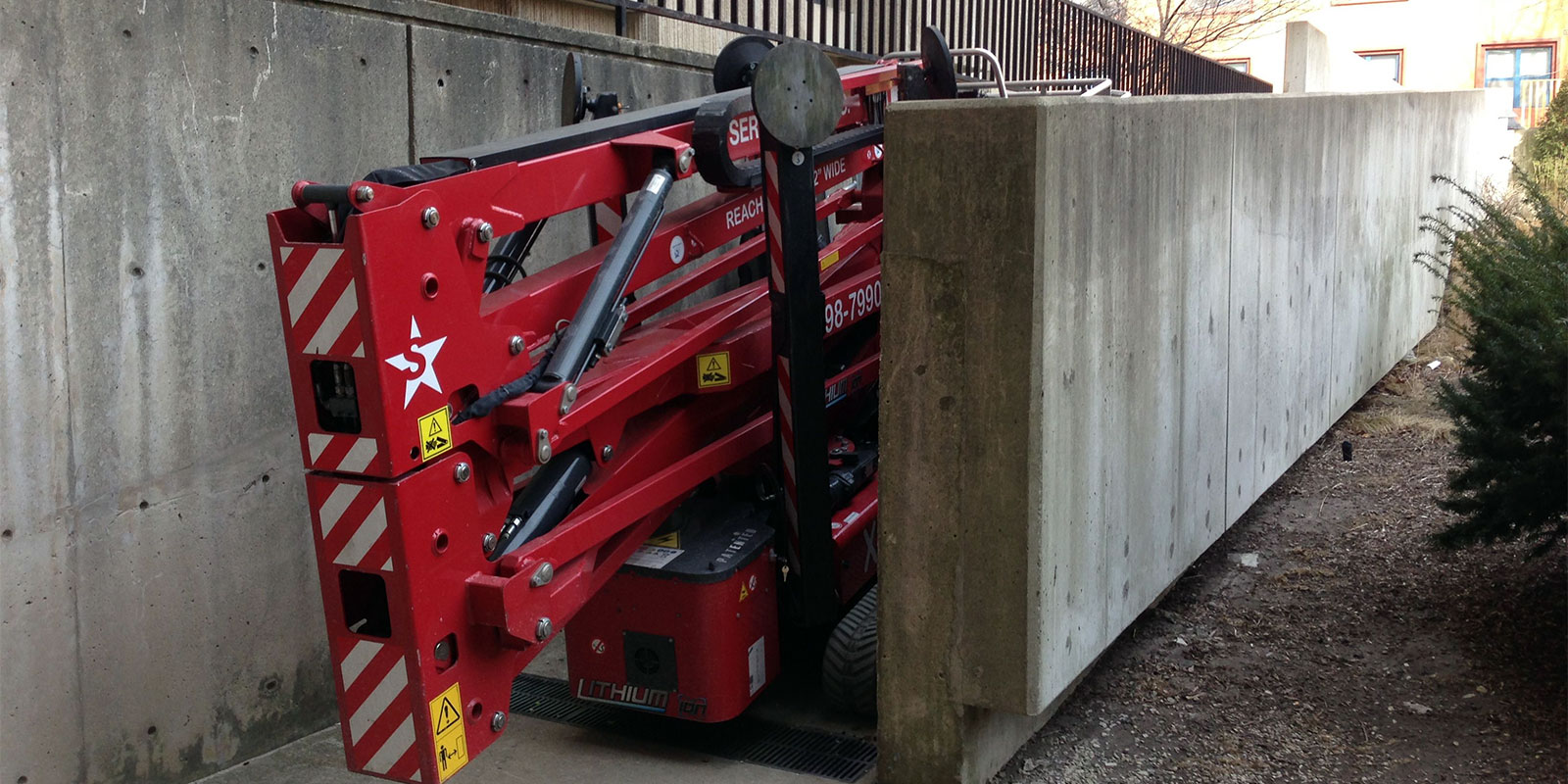 Tracked Lifts & Compact Crawler Booms